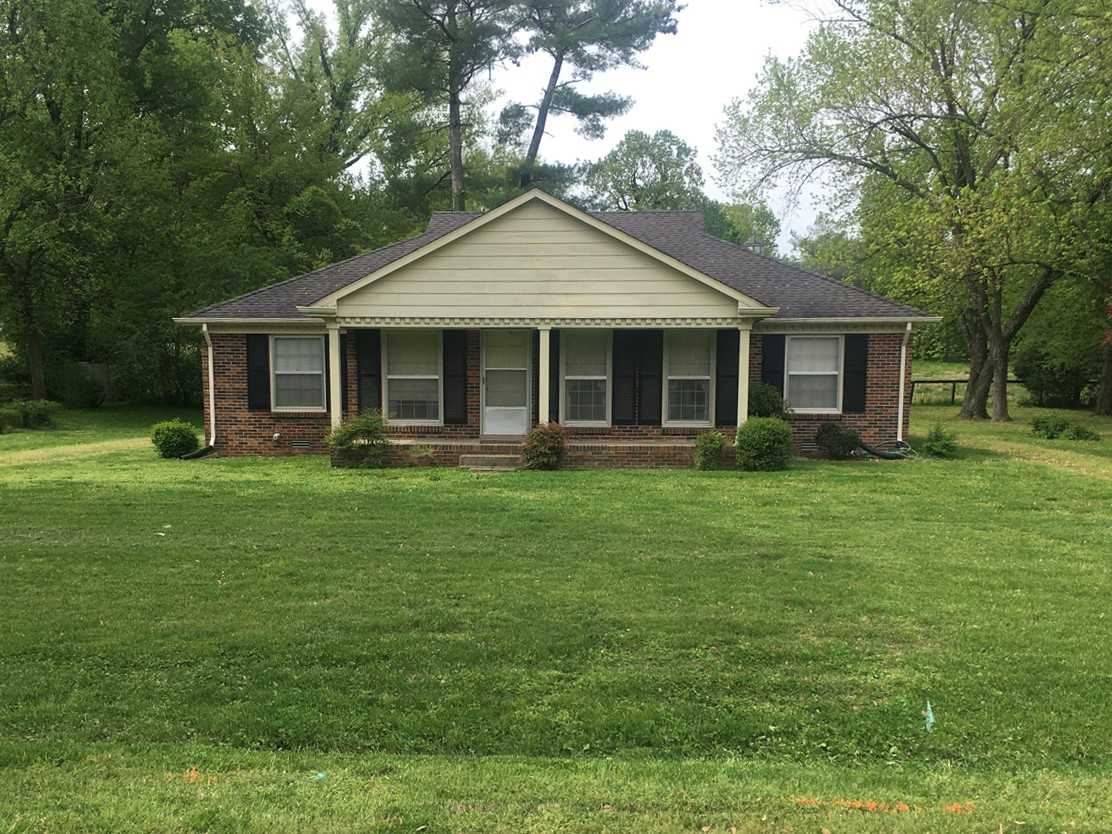 - 4Br/2Ba -  for Sale in Harpeth Meadows, Franklin