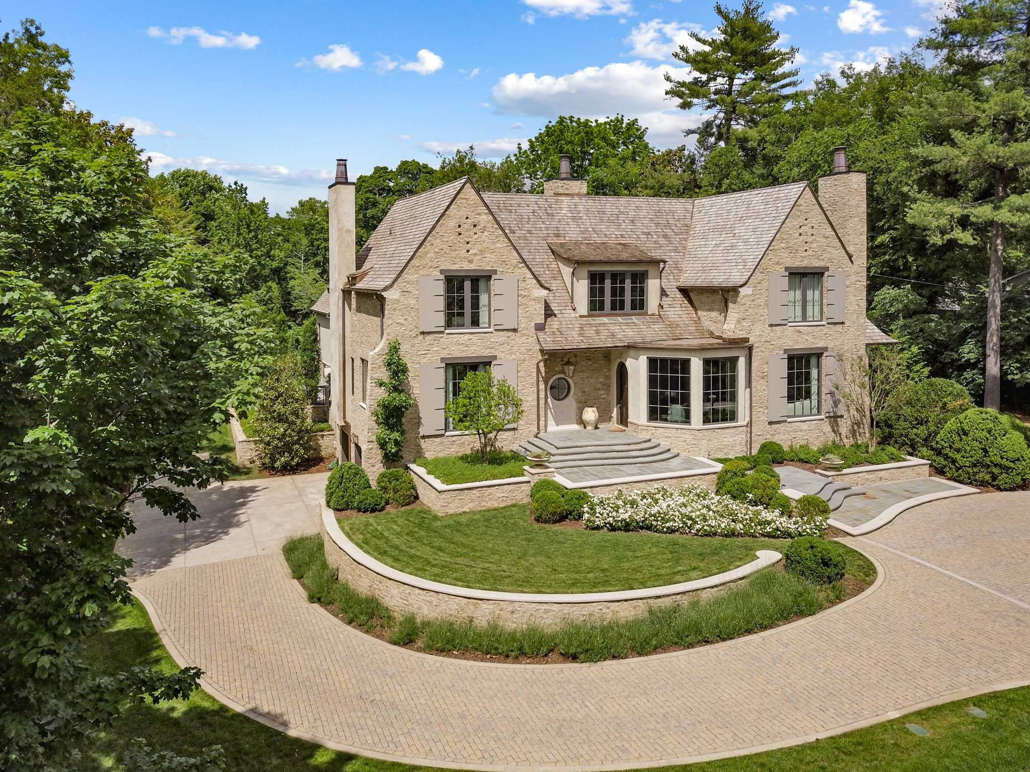 $7,200,000 - 5Br/5Ba -  for Sale in Belle Meade, Nashville