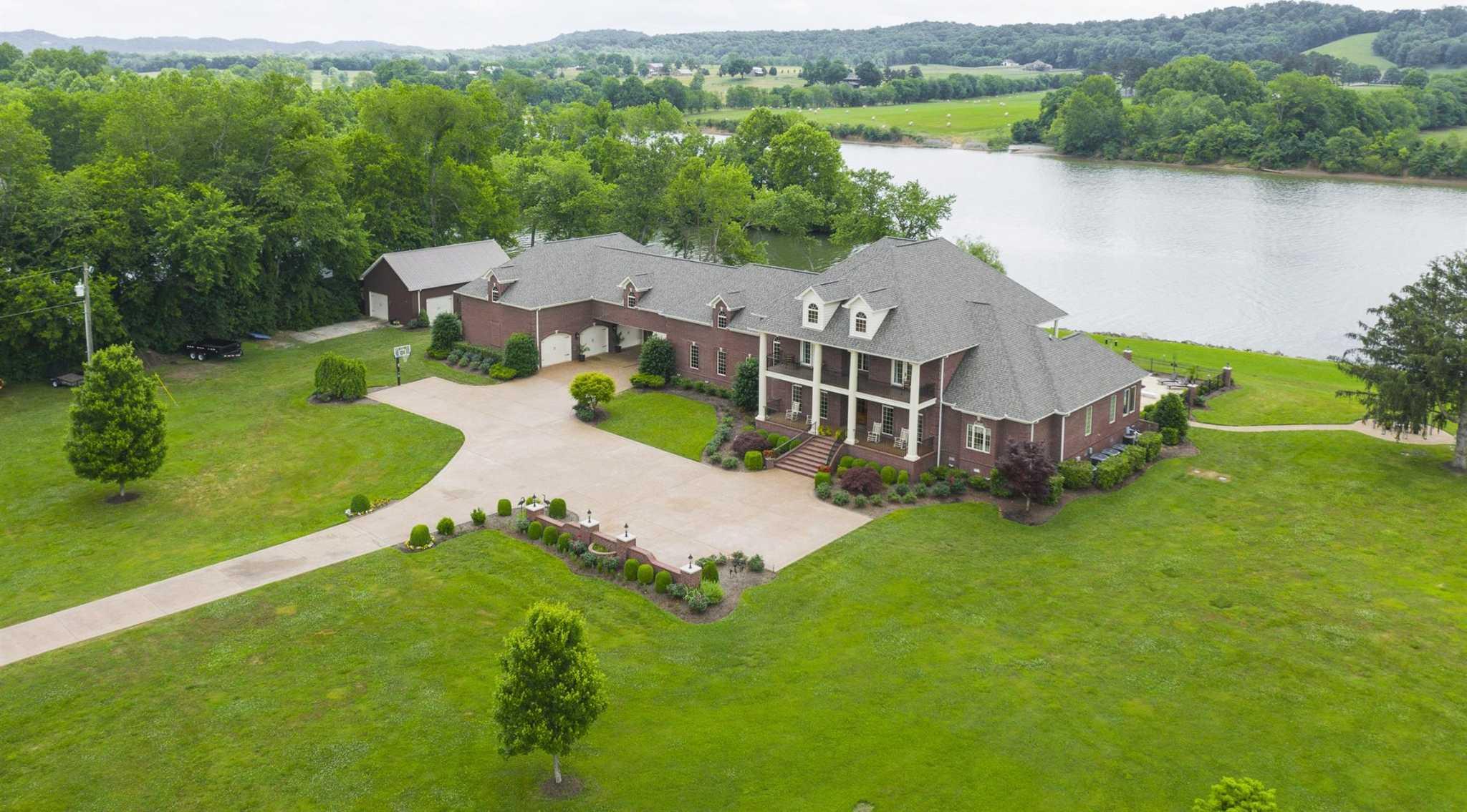 $2,699,000 - 4Br/6Ba -  for Sale in None, Nashville