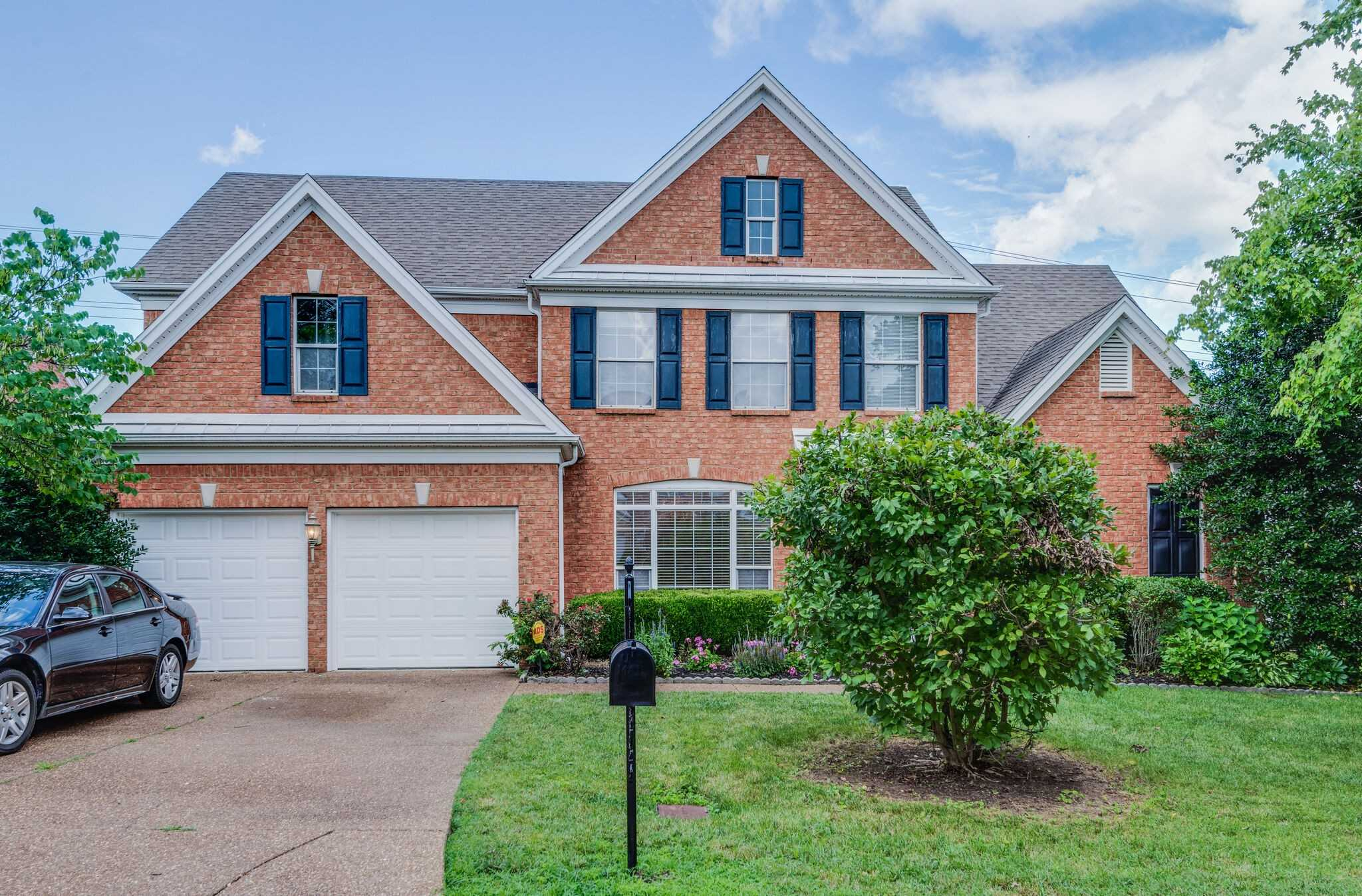 - 4Br/4Ba -  for Sale in Williams Grove, Brentwood