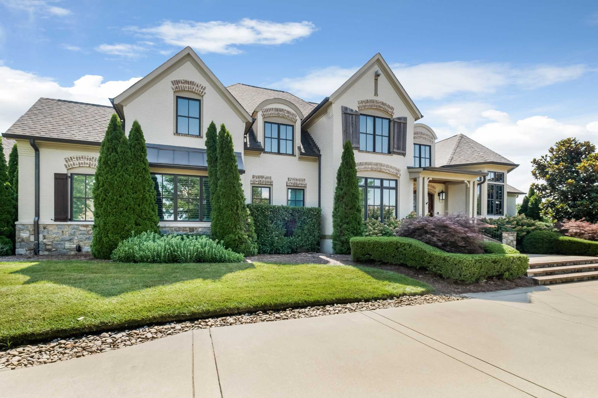 $3,000,000 - 6Br/8Ba -  for Sale in Legends Ridge Add Sec 2, Franklin