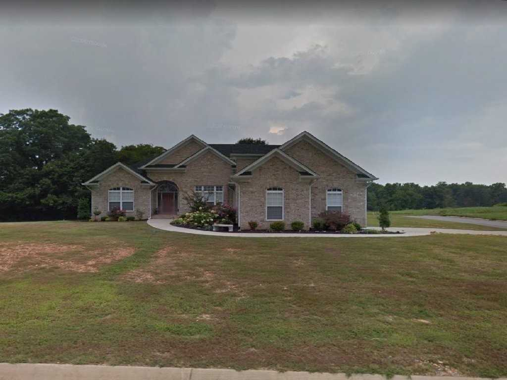 $378,500 - 3Br/2Ba -  for Sale in Greystone Ph 3, White House