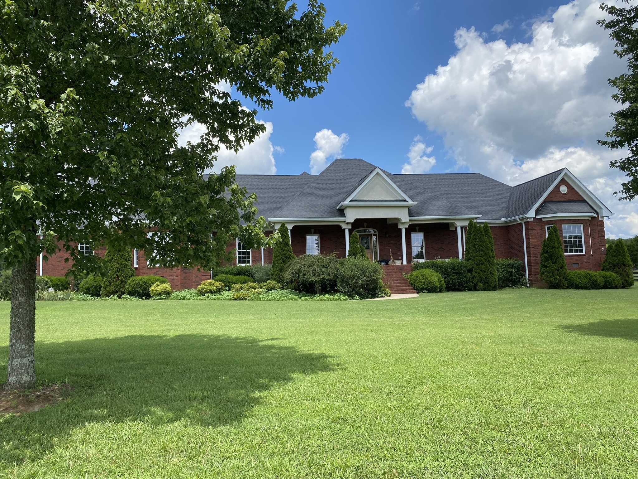 $1,300,000 - 5Br/5Ba -  for Sale in Young Estate, Mount Juliet