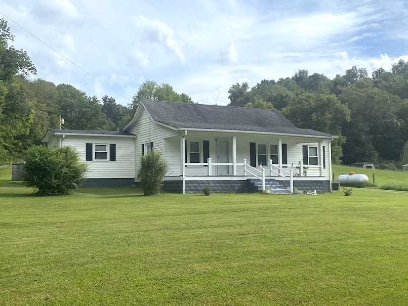 - 3Br/1Ba -  for Sale in N/a, Goodlettsville