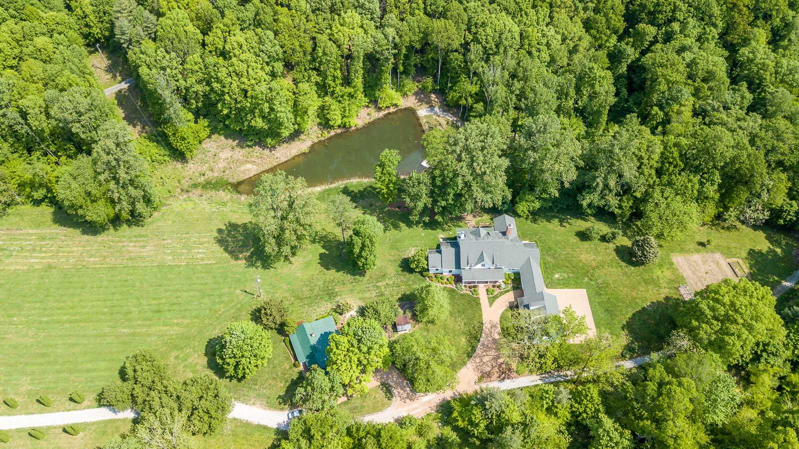 $2,850,000 - 4Br/6Ba -  for Sale in Leipers Fork, Franklin