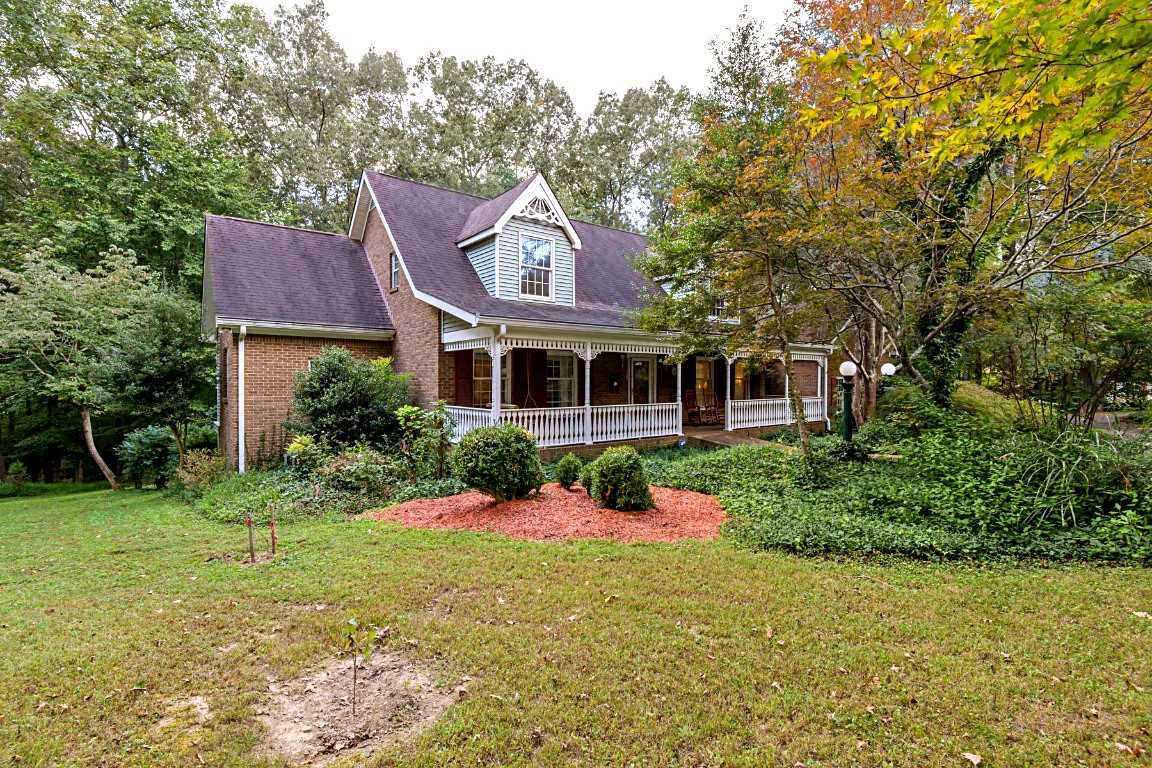 $545,000 - 3Br/3Ba -  for Sale in Amended Plat Hearth Stone, Pleasant View