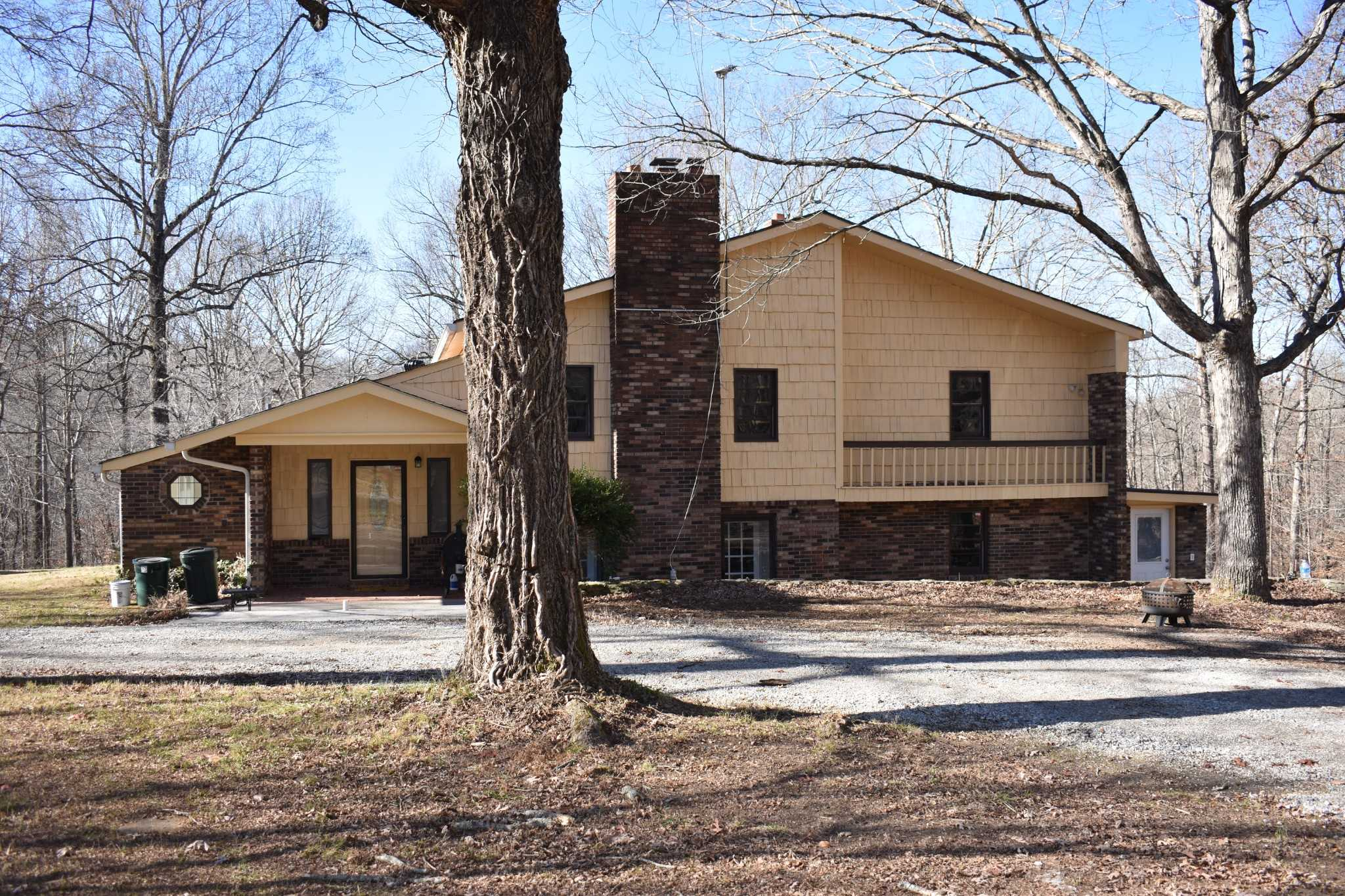 $550,000 - 4Br/5Ba -  for Sale in Na, Goodlettsville