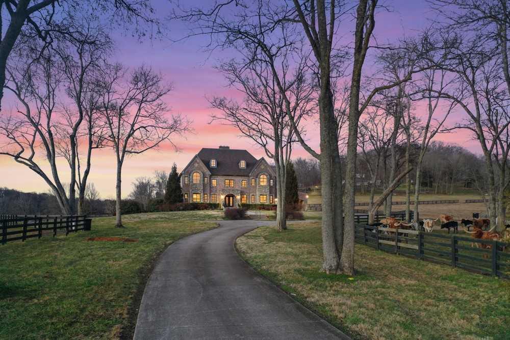 $4,200,000 - 4Br/5Ba -  for Sale in Na, Franklin