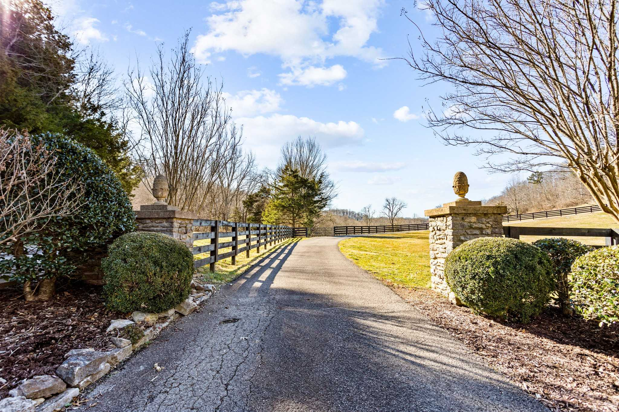 $2,650,000 - 4Br/3Ba -  for Sale in 38 Private Acres, Franklin
