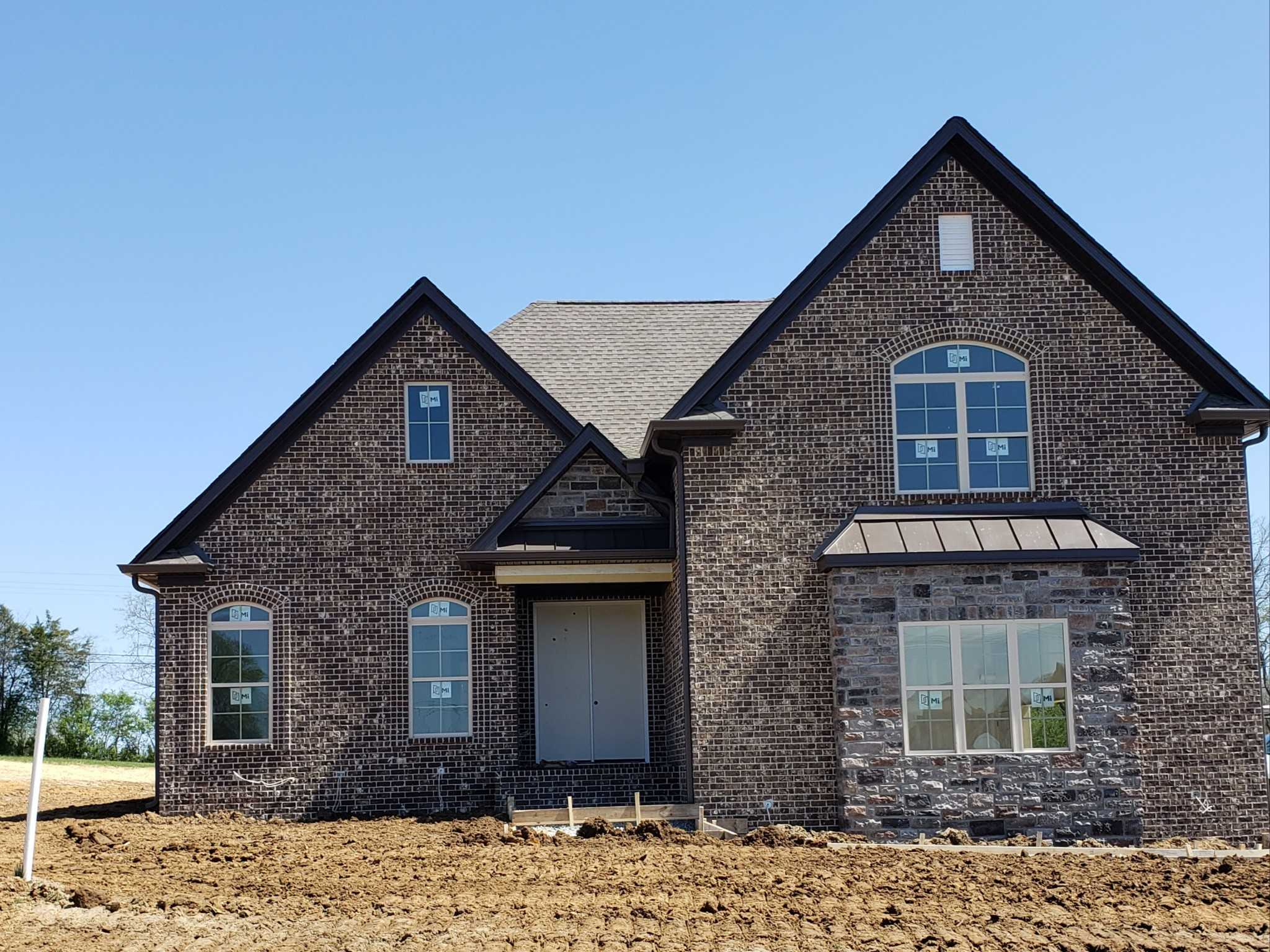$629,900 - 4Br/3Ba -  for Sale in Hickory Point, Mount Juliet