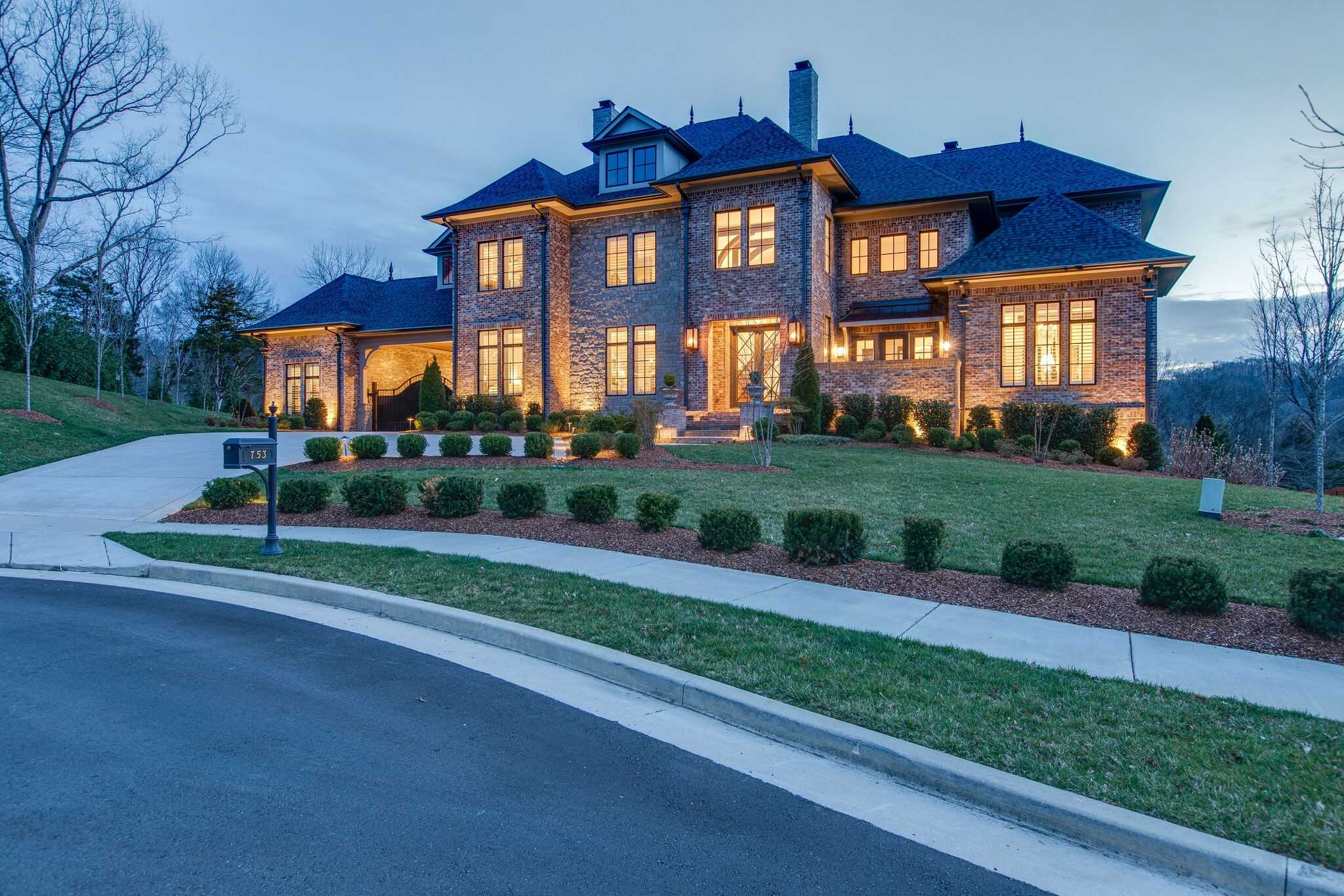 $4,699,000 - 6Br/9Ba -  for Sale in Avery, Brentwood