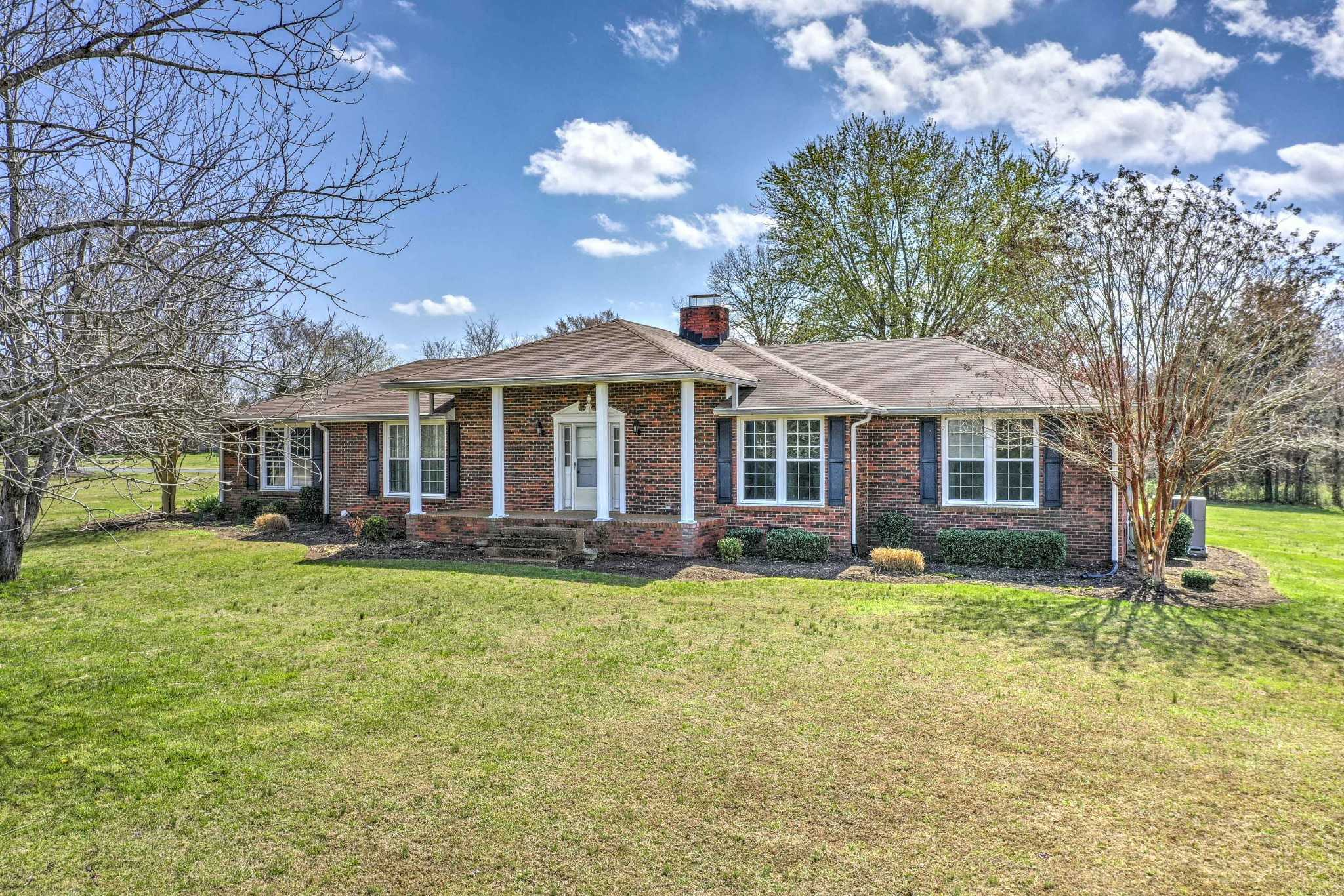 - 4Br/2Ba -  for Sale in N/a, Mount Juliet