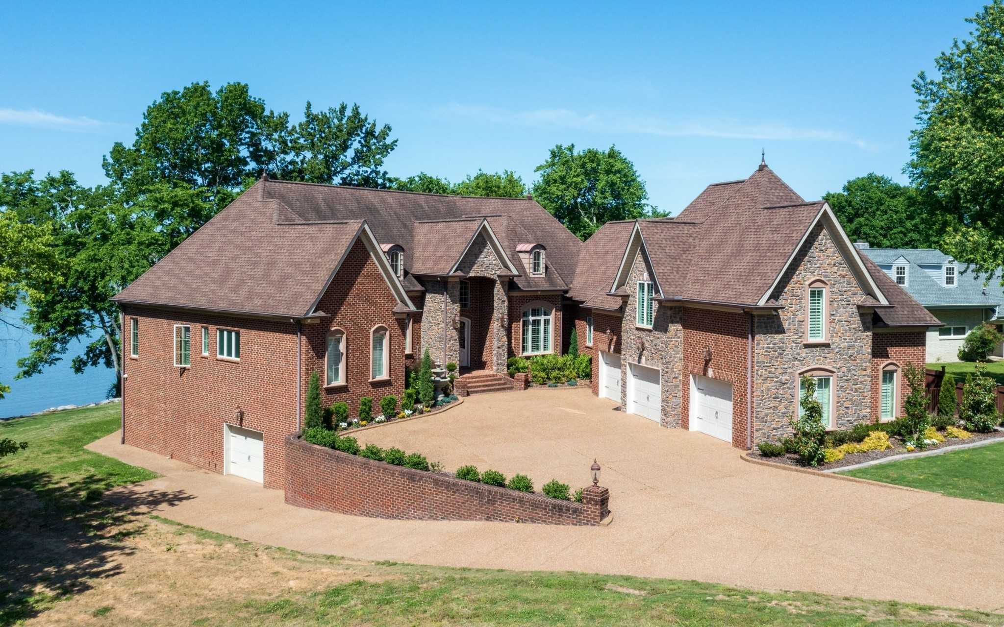 $2,800,000 - 5Br/6Ba -  for Sale in Lake Park Resub, Gallatin