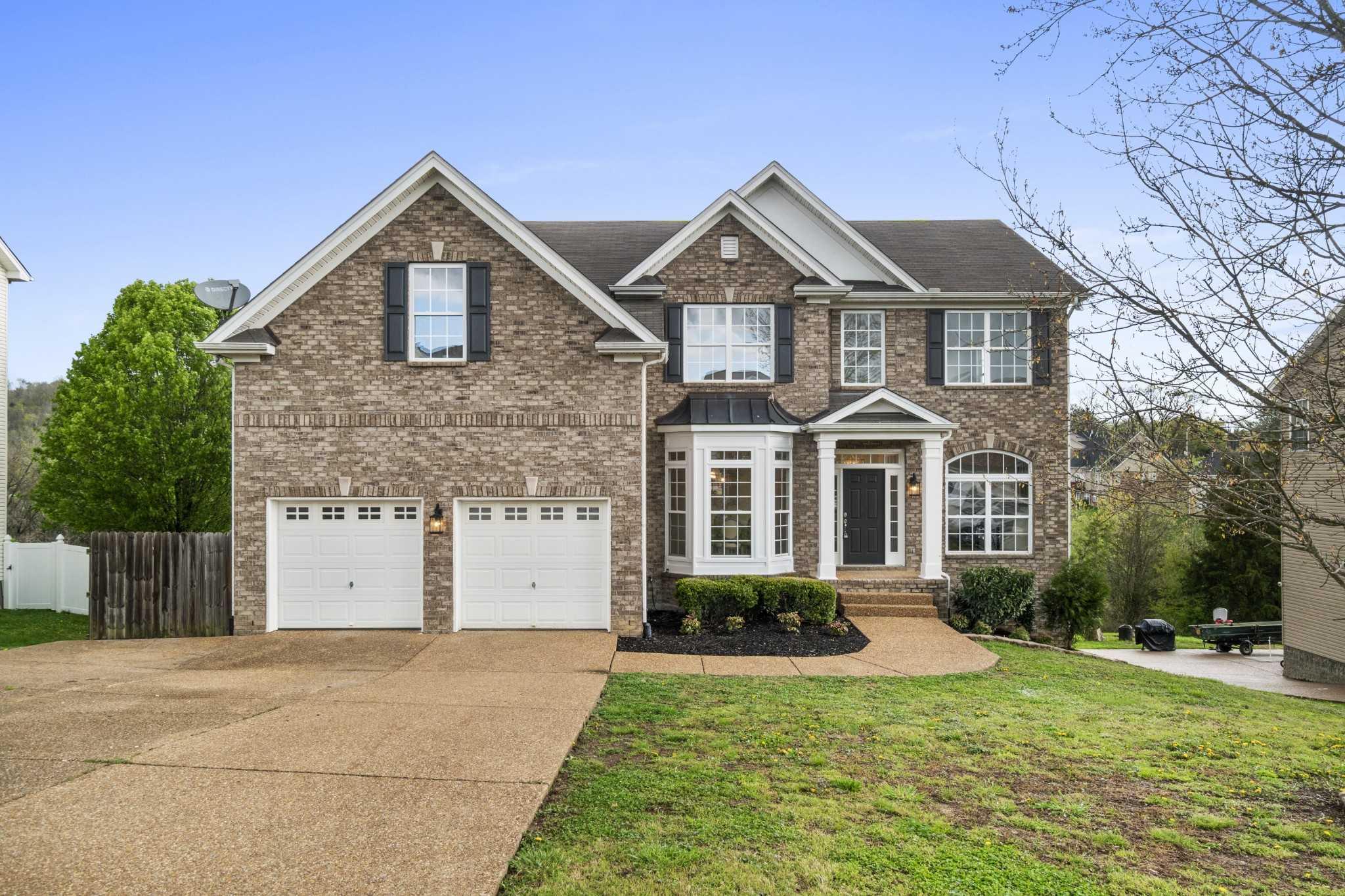 $564,000 - 5Br/4Ba -  for Sale in Braxton Park Woodwyn Hills, Goodlettsville