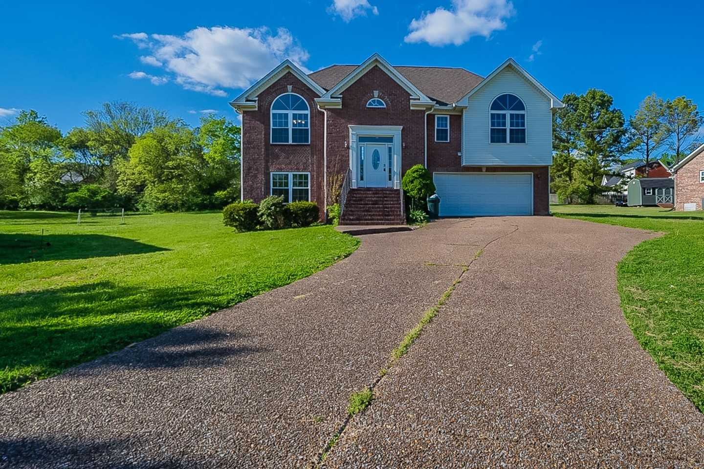 $375,000 - 3Br/2Ba -  for Sale in Birdwell, Goodlettsville