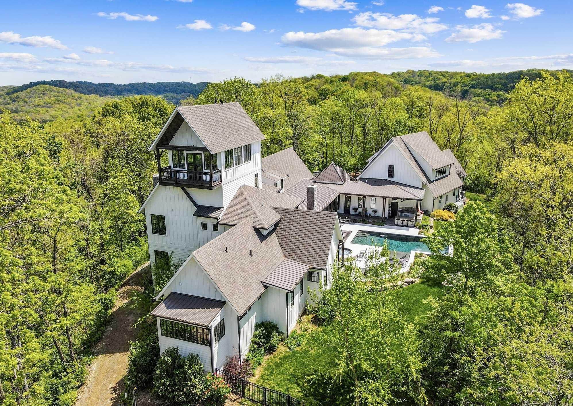 $8,900,000 - 4Br/7Ba -  for Sale in Hilltop 10.52 Acres, Franklin