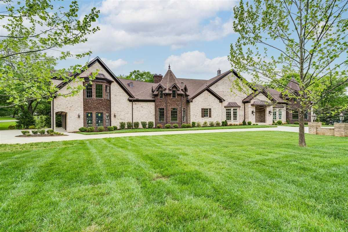 $3,440,000 - 5Br/6Ba -  for Sale in Iroquois Est, Brentwood