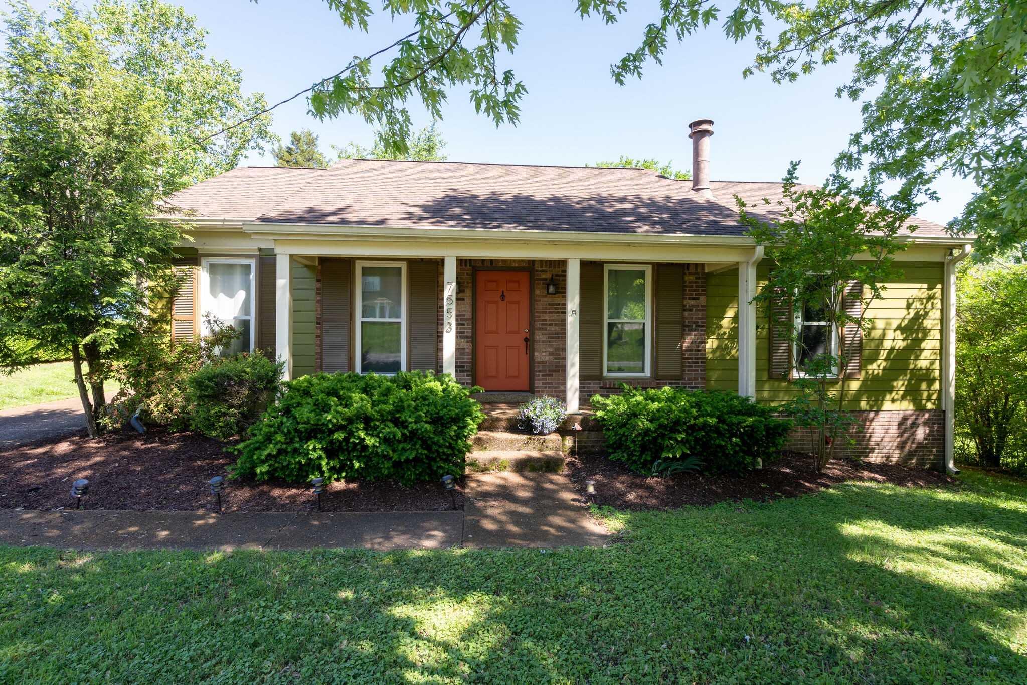 - 3Br/2Ba -  for Sale in Harpeth Woods, Nashville