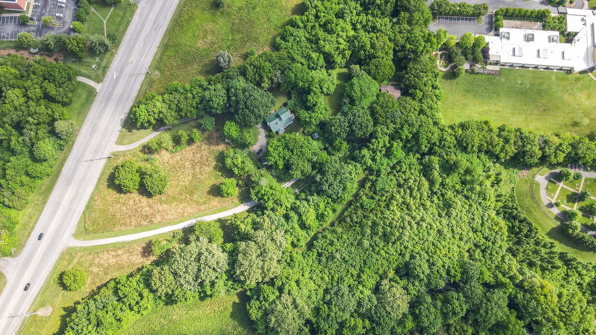 $3,975,000 - Br/0Ba -  for Sale in Brentwood, Brentwood