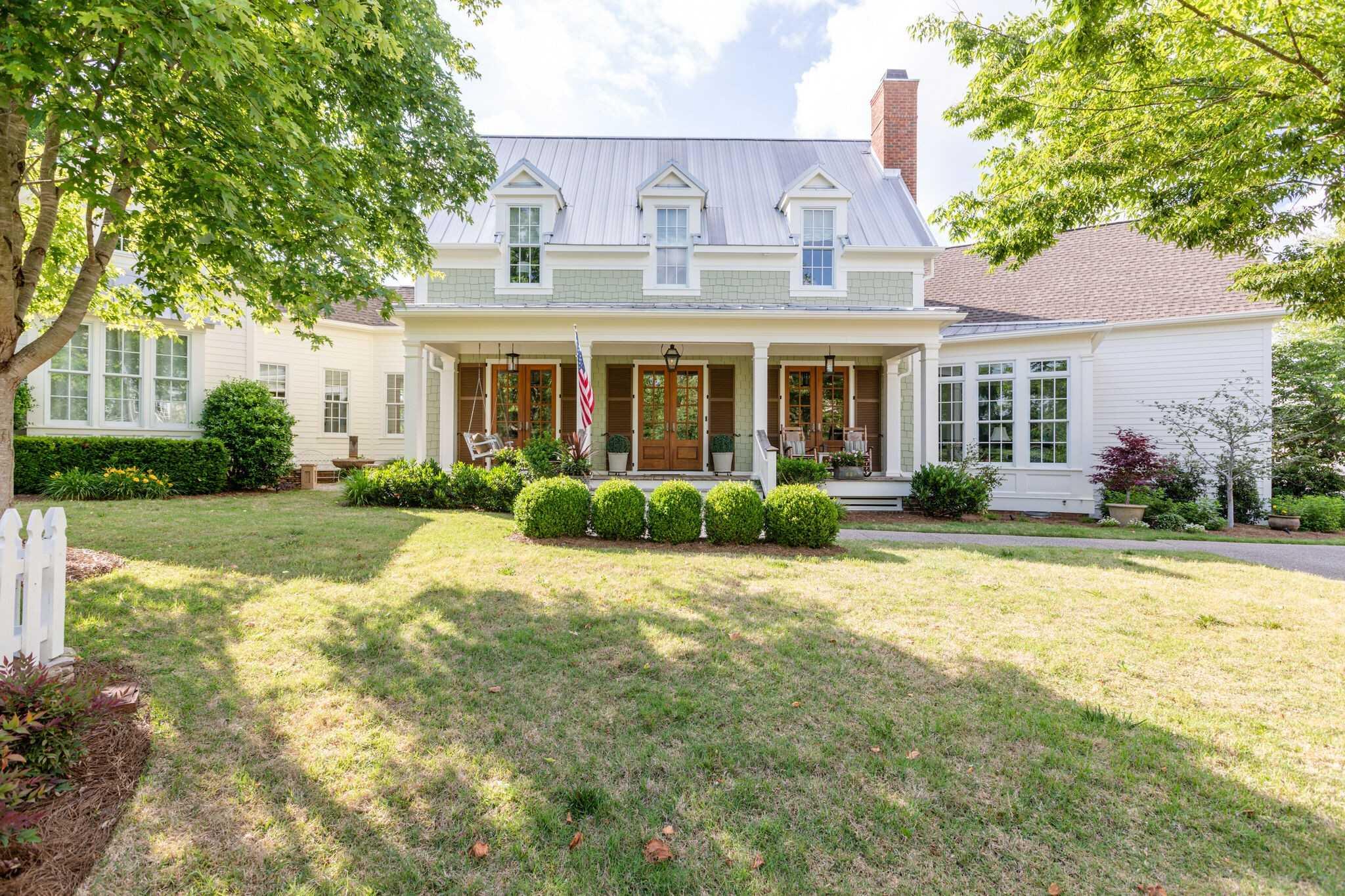 $3,250,000 - 5Br/5Ba -  for Sale in Harlinsdale Manor, Franklin