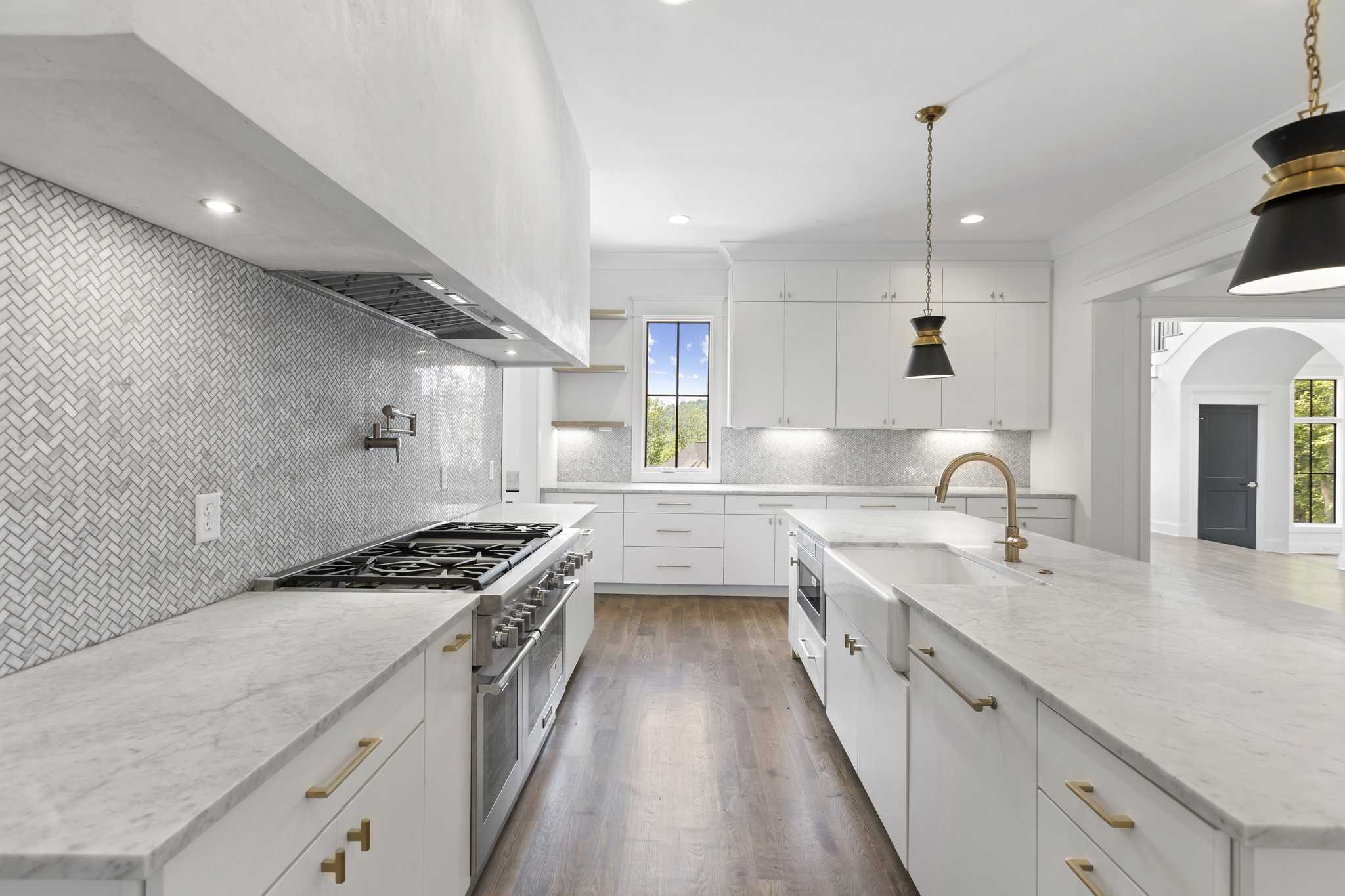 $3,799,000 - 6Br/7Ba -  for Sale in Avery, Brentwood