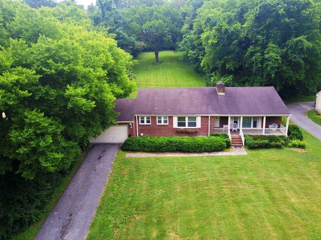 - 3Br/2Ba -  for Sale in Glencliff Estates, Nashville
