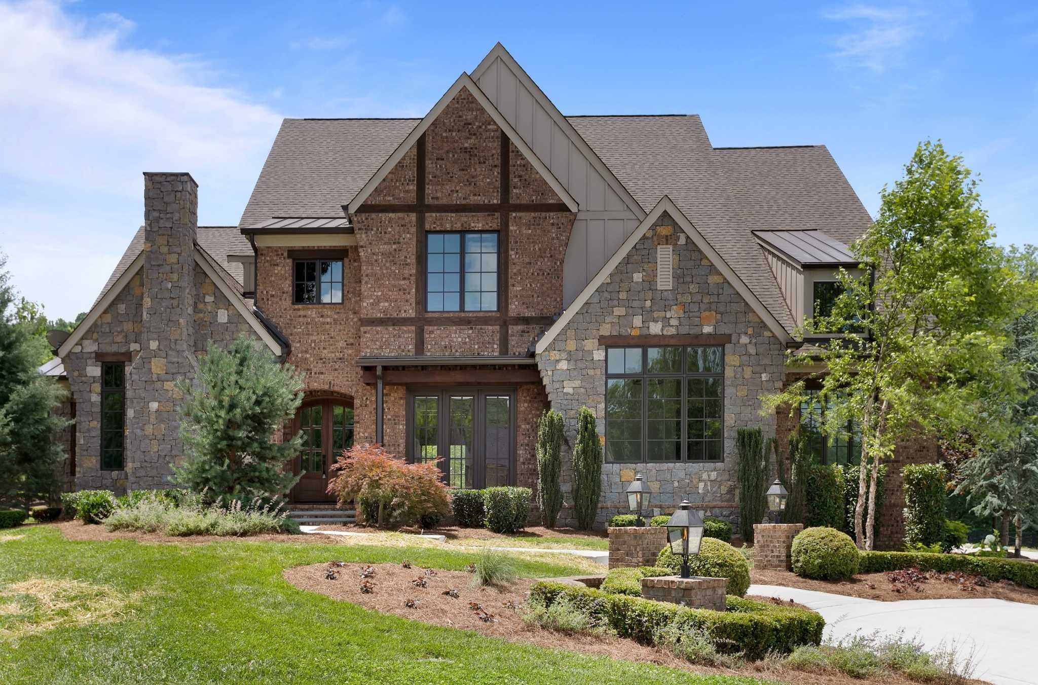 $3,899,900 - 5Br/7Ba -  for Sale in Cartwright Close, Brentwood