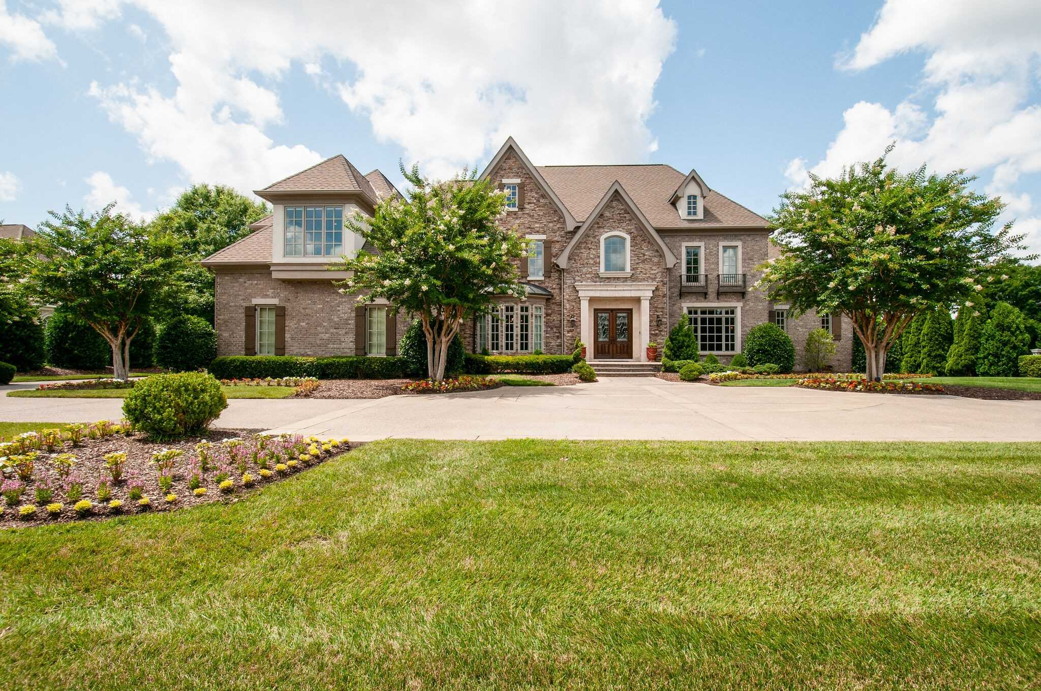 $3,499,000 - 5Br/7Ba -  for Sale in Governors Club The Ph 5, Brentwood