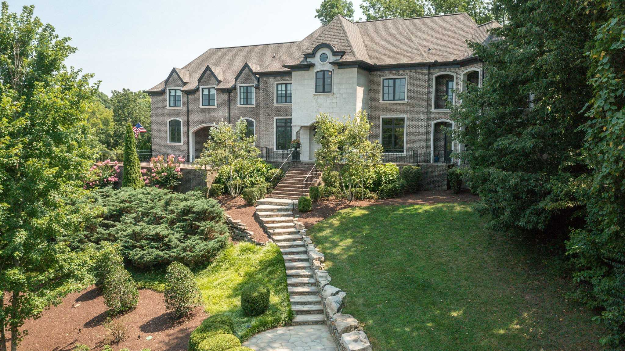 $2,999,900 - 6Br/6Ba -  for Sale in Lenox Park, Brentwood