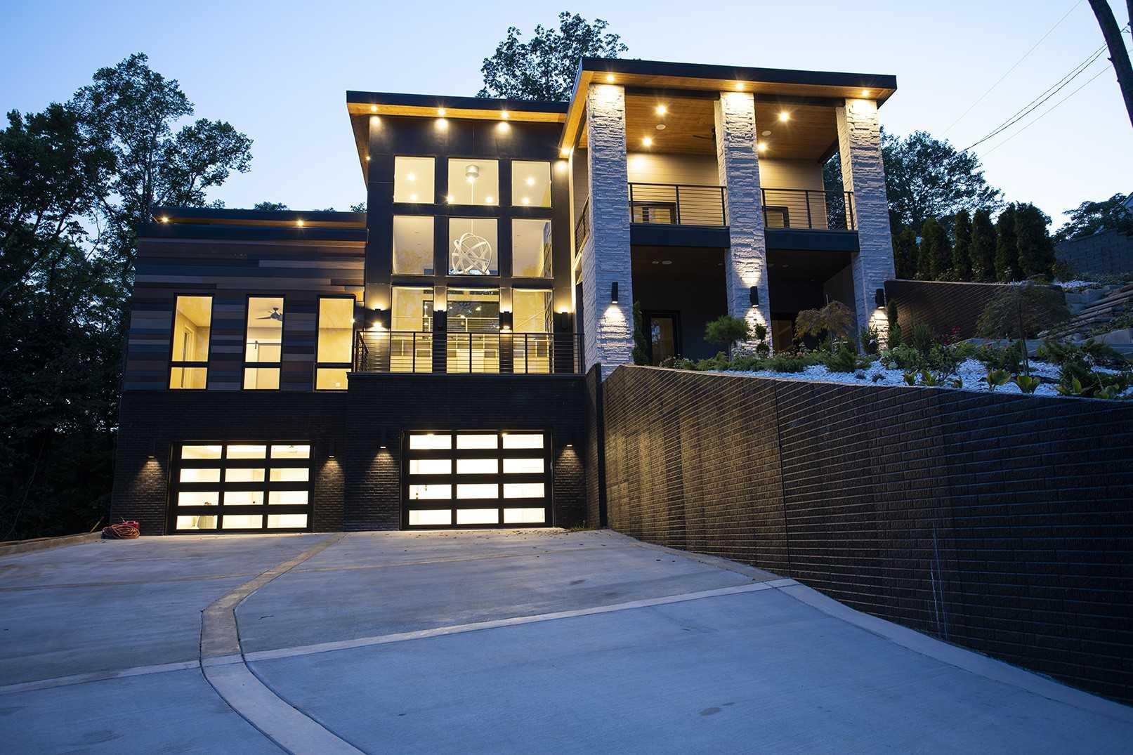 $2,300,000 - 4Br/4Ba -  for Sale in West Meade Park, Nashville