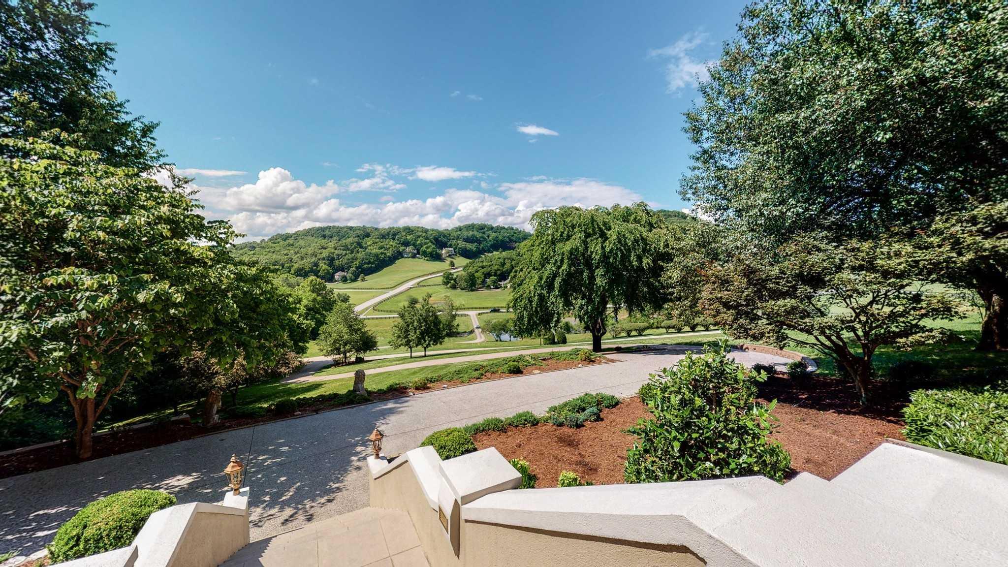 $2,495,000 - 5Br/7Ba -  for Sale in Lynnwood Downs, Franklin