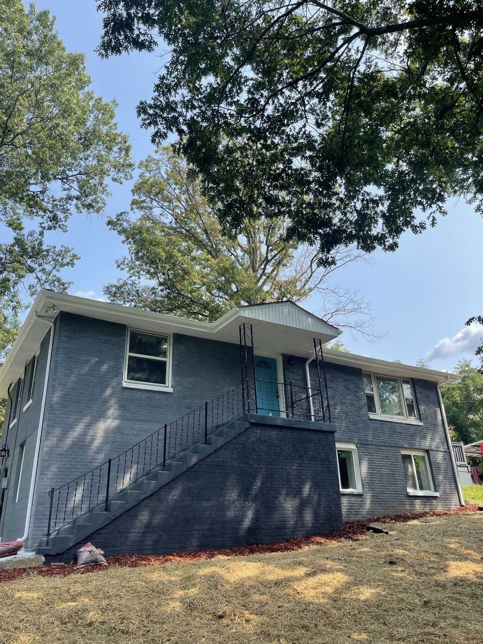 - 4Br/3Ba -  for Sale in Cathey Heights, Nashville