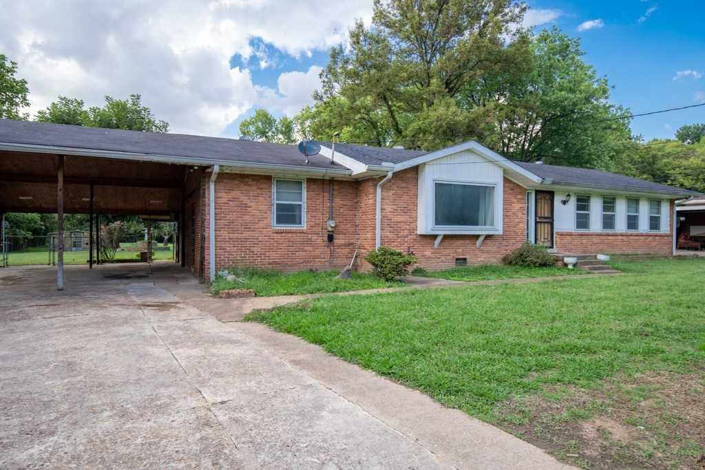 - 3Br/2Ba -  for Sale in Highview Acres, Nashville