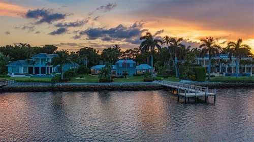 $22,500,000 - 4Br/4Ba -  for Sale in Port Royal, Naples
