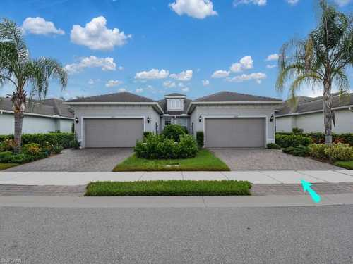 $375,000 - 2Br/2Ba -  for Sale in Tidewater, Estero
