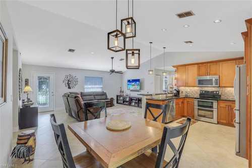 $399,000 - 3Br/2Ba -  for Sale in Lakes Of San Souci, Bonita Springs