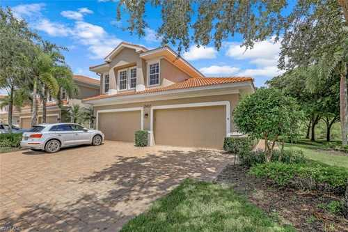 $565,000 - 3Br/3Ba -  for Sale in Hawthorne, Naples