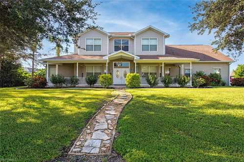 $675,000 - 4Br/4Ba -  for Sale in Florimond Manor, Fort Myers