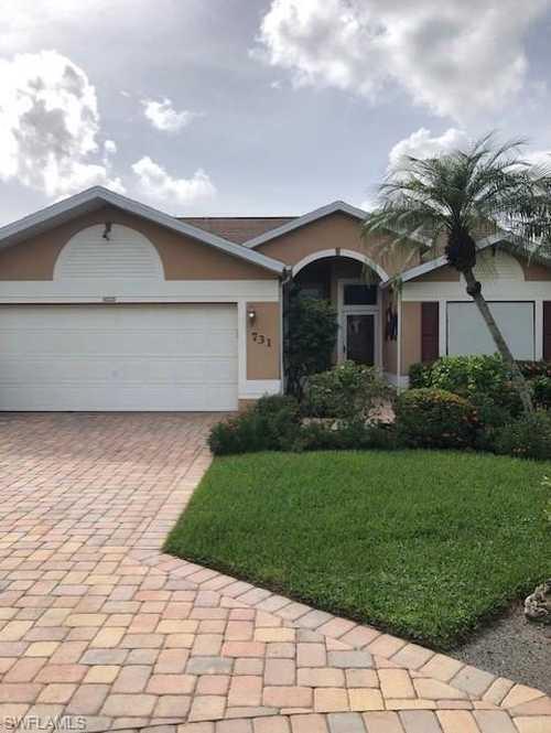 $525,000 - 2Br/2Ba -  for Sale in Berkshire Lakes, Naples