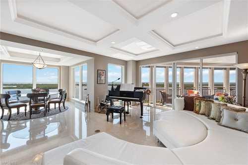 $2,000,000 - 3Br/3Ba -  for Sale in Estancia, Bonita Springs