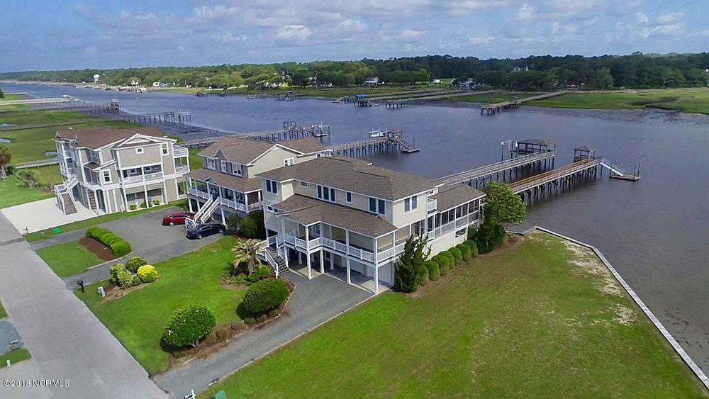915 000 4br 4ba For In Holden Beach Harbor