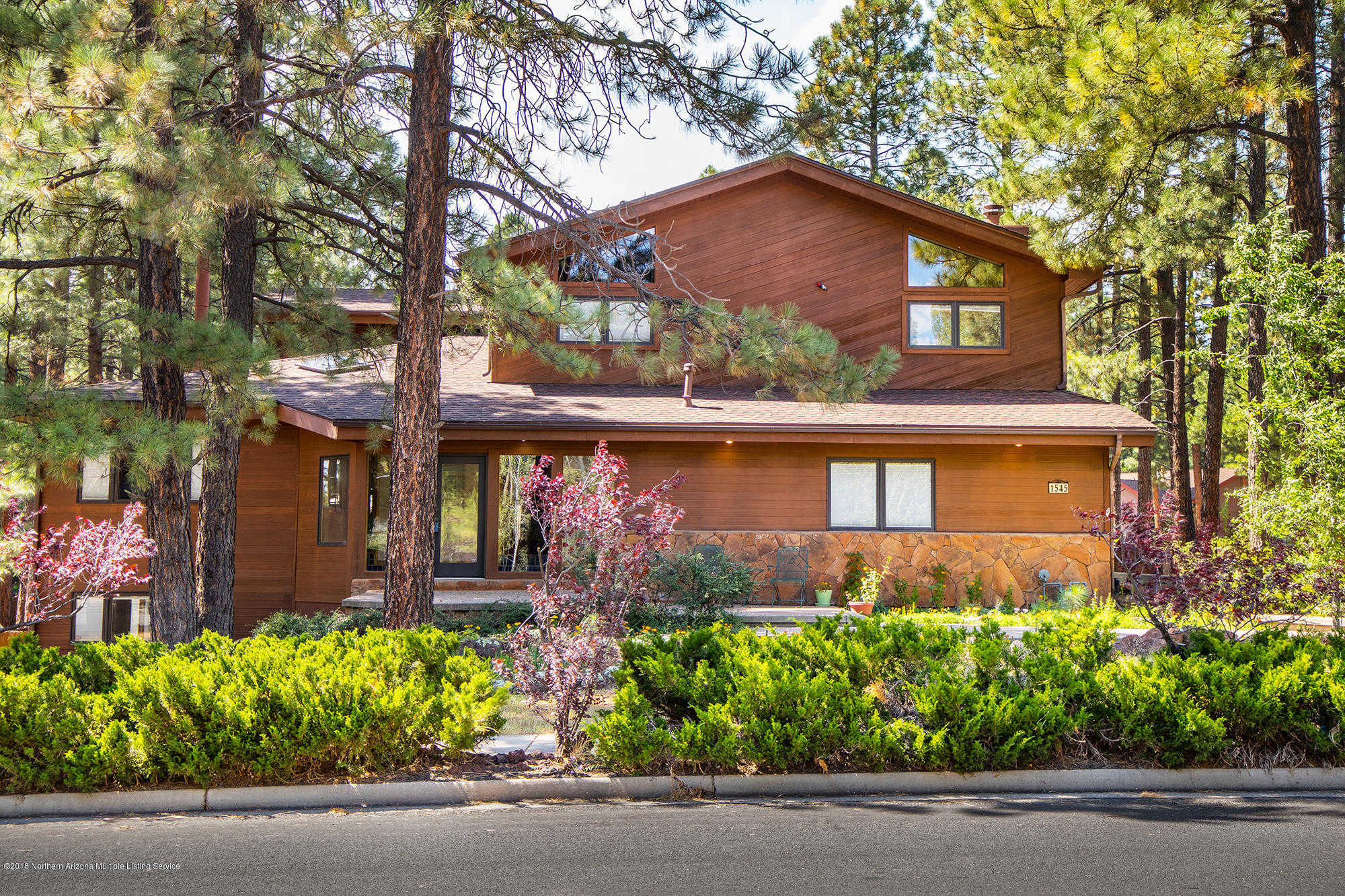 cabins in cabin management vacation sedona homes foothills flagstaff rentals property