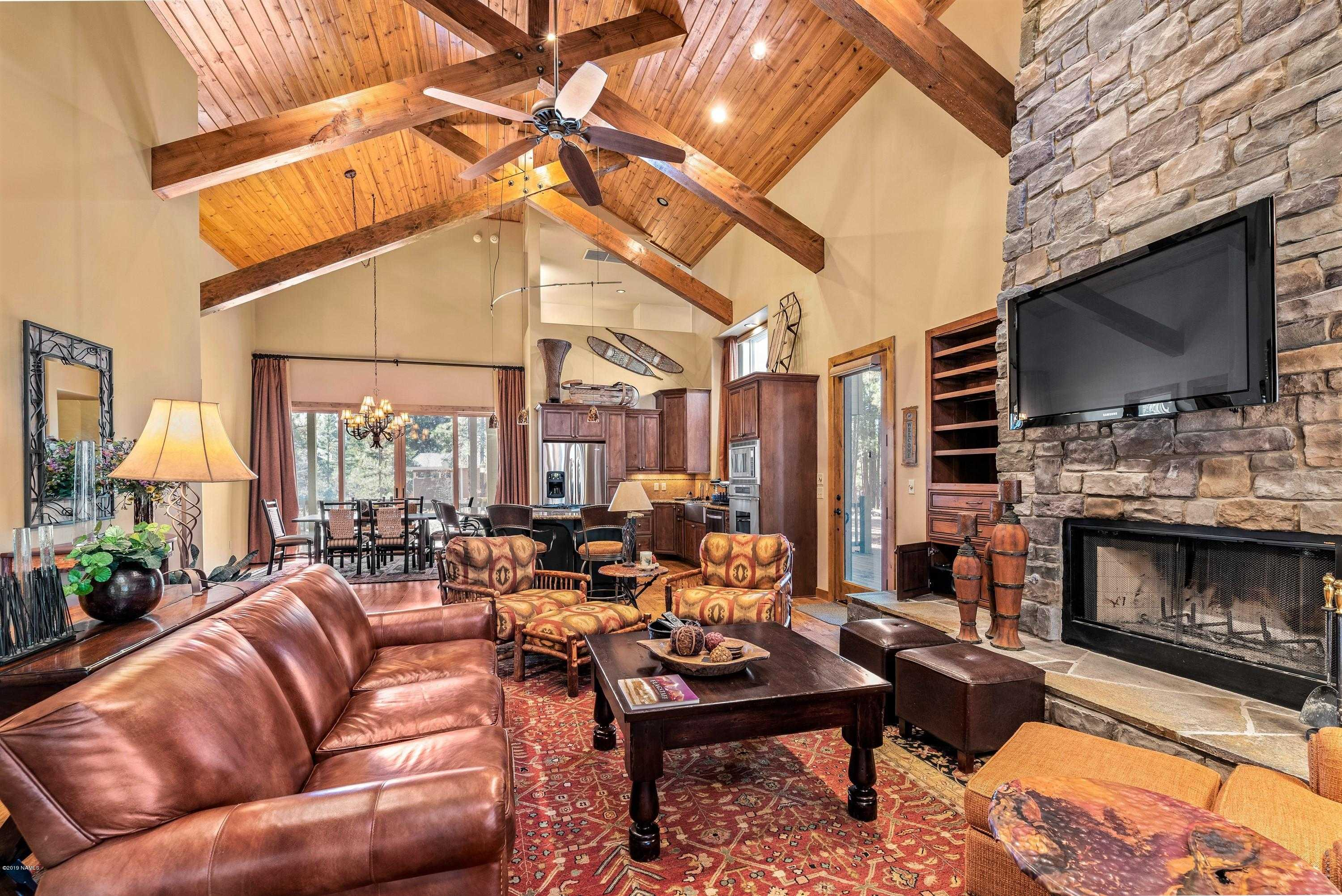 $700,000 - 4Br/3Ba -  for Sale in Flagstaff