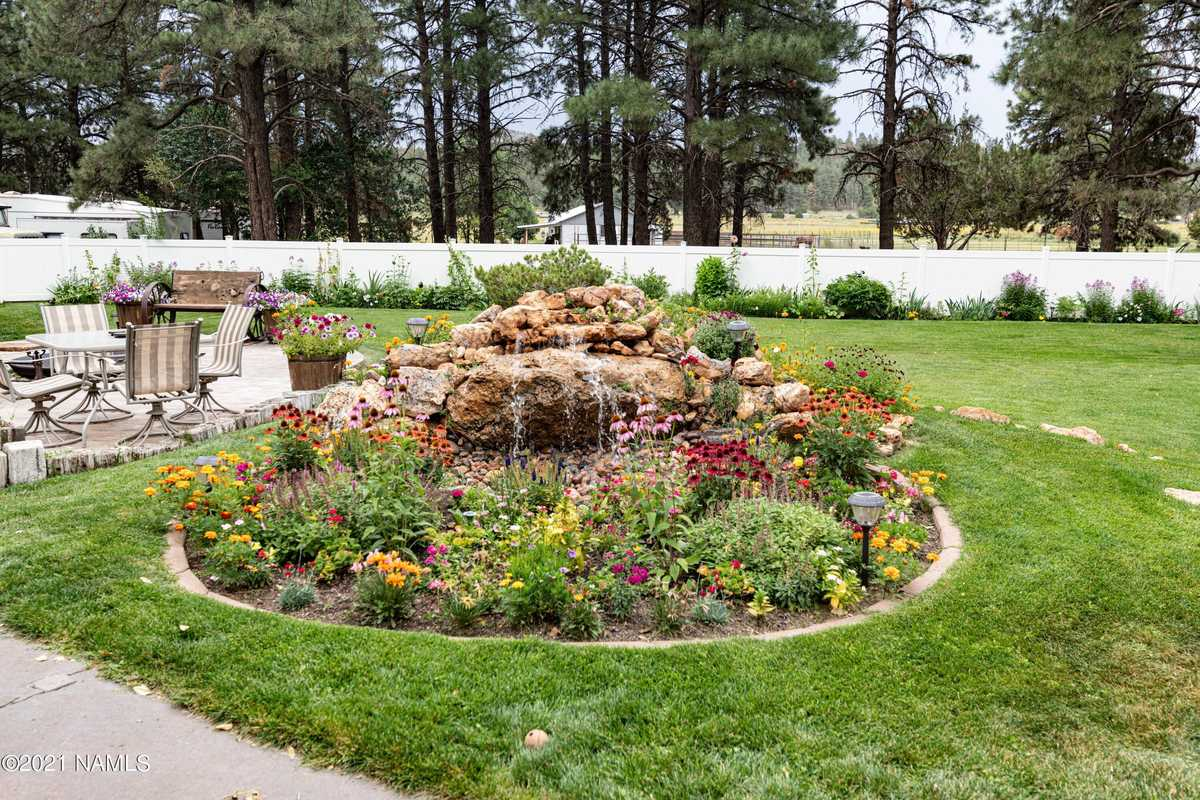 $1,500,000 - 4Br/3Ba -  for Sale in Flagstaff