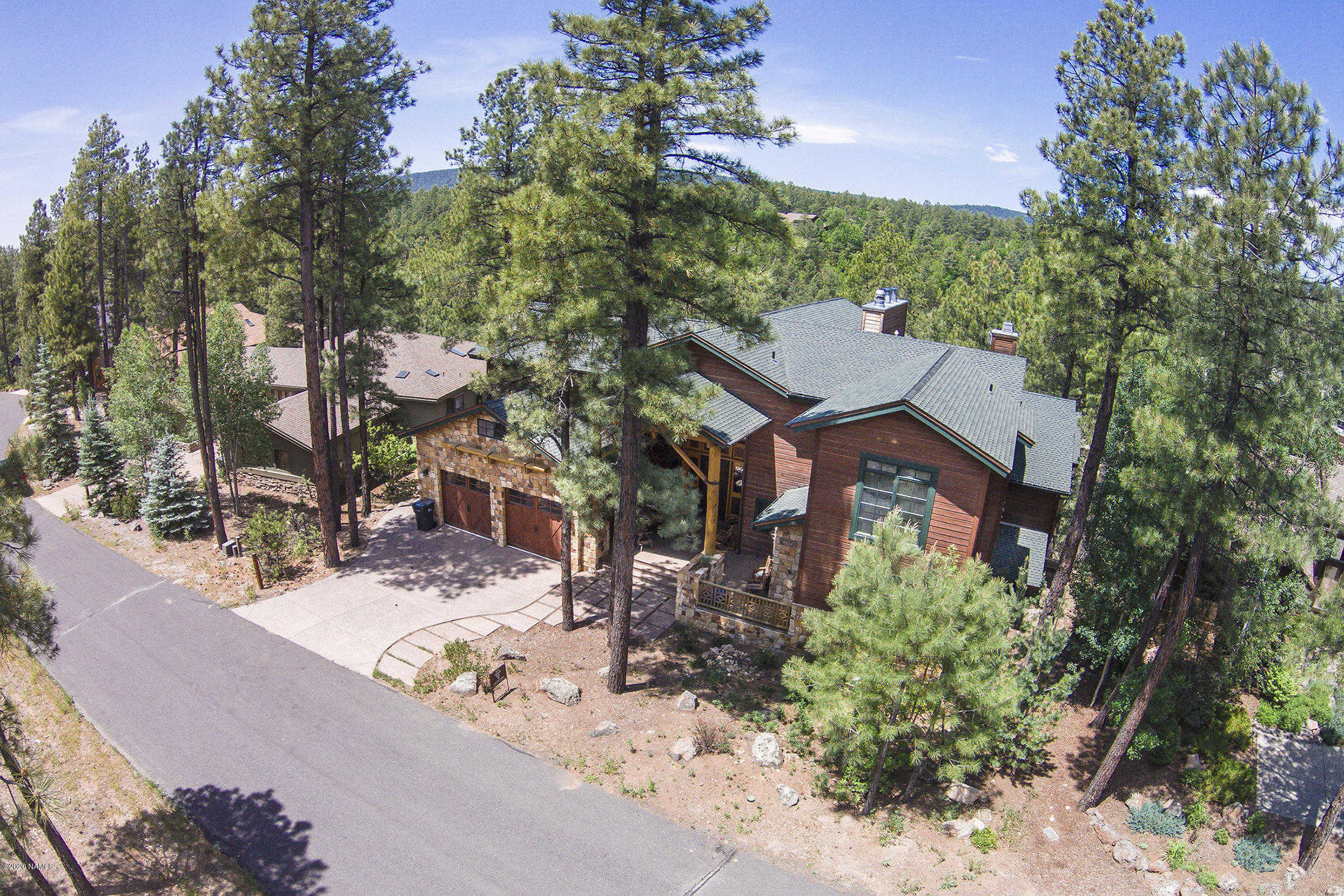 $2,500,000 - 6Br/7Ba -  for Sale in Flagstaff