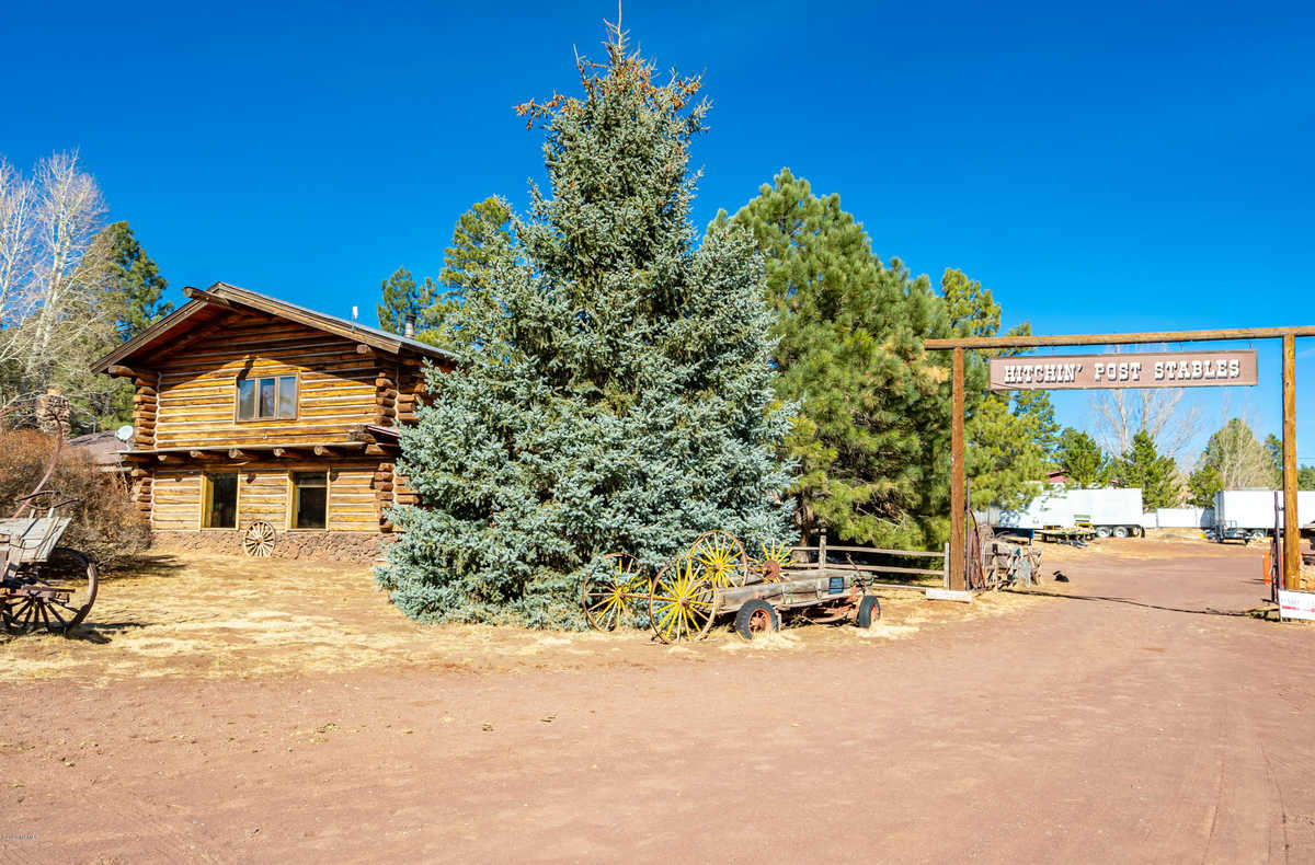 $1,750,000 - 4Br/5Ba -  for Sale in Flagstaff