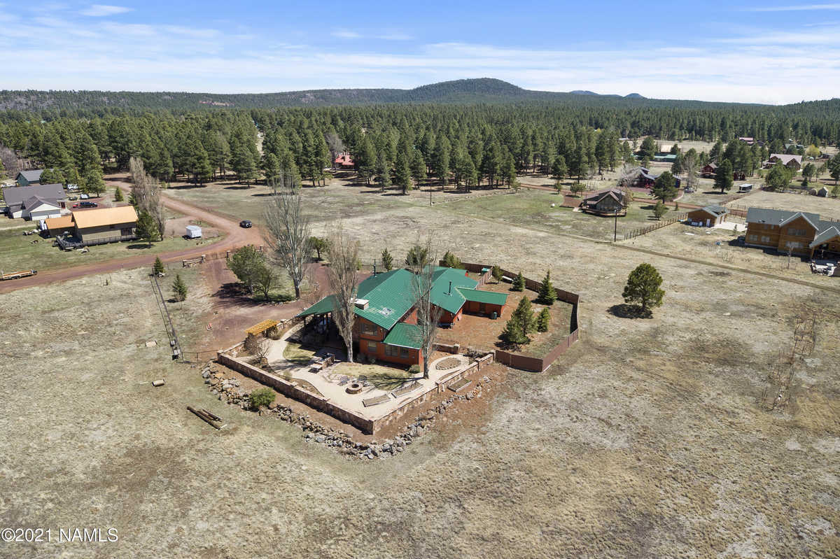 $1,299,000 - 4Br/3Ba -  for Sale in Mormon Lake