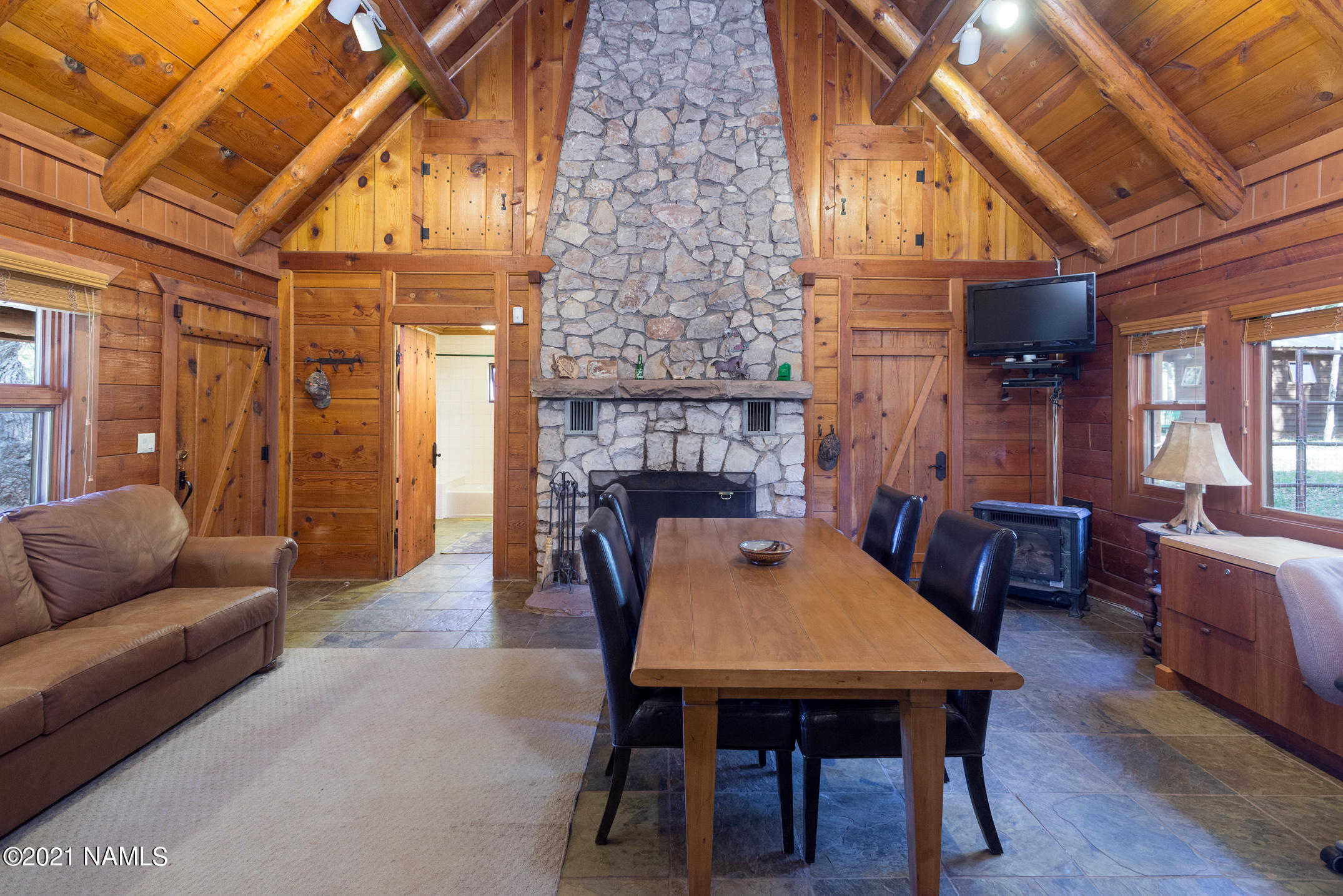 $3,000,000 - 10Br/4Ba -  for Sale in Happy Jack