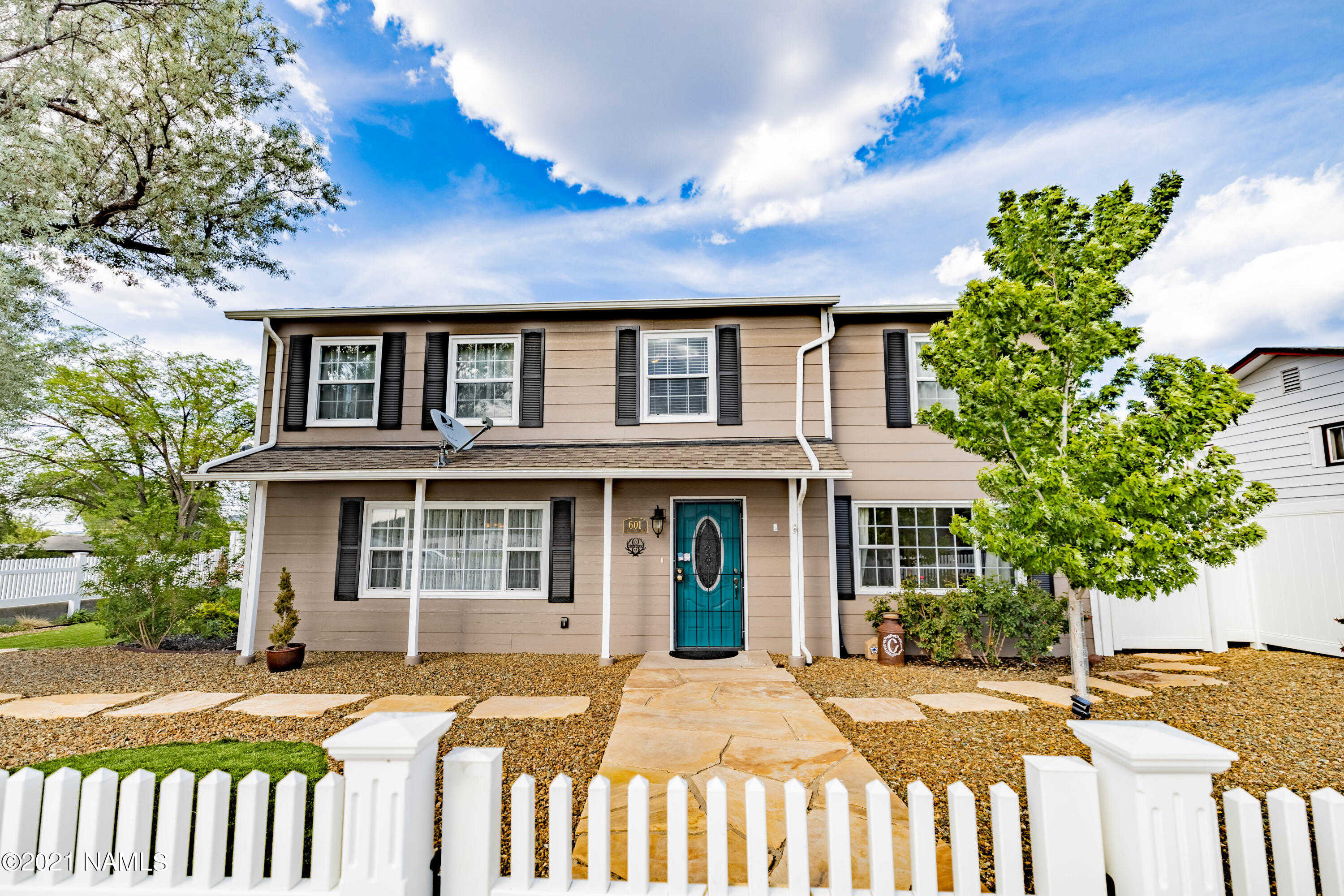 $649,900 - 5Br/3Ba -  for Sale in Williams