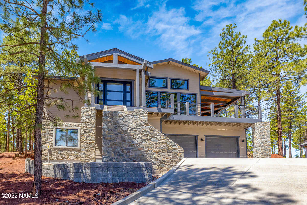 $1,900,000 - 4Br/4Ba -  for Sale in Flagstaff